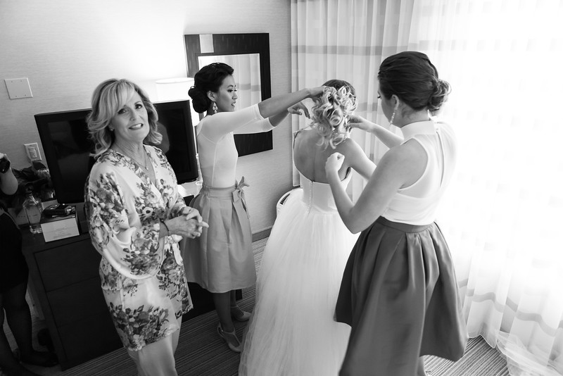 Cr&bridemaids-94.jpg