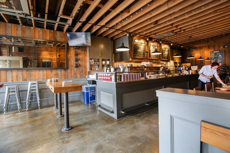SuziPratt_Ballard Pizza Co_Interiors_001.jpg