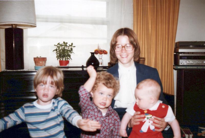 1984 Max, AJ Elaine and John.jpeg