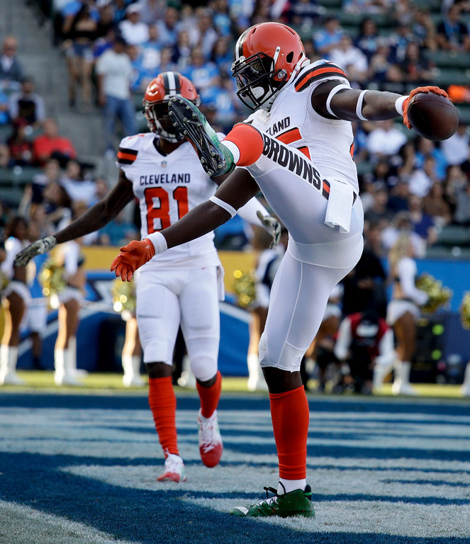 . Cleveland Browns tight end David Njoku celebrates after scoring during the first half of an NFL football game against the Los Angeles Chargers Sunday, Dec. 3, 2017, in Carson, Calif. (AP Photo/Jae C. Hong)
