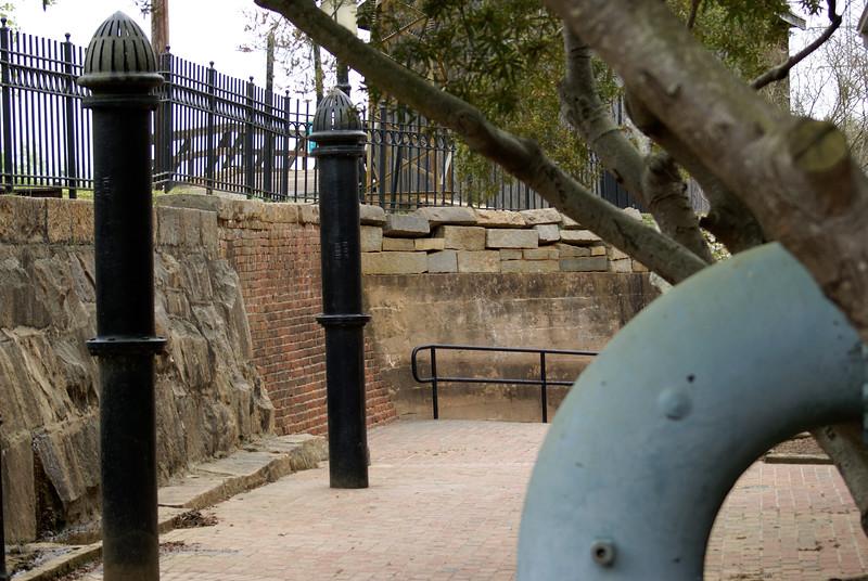 Riverfront Park Walk 027.jpg