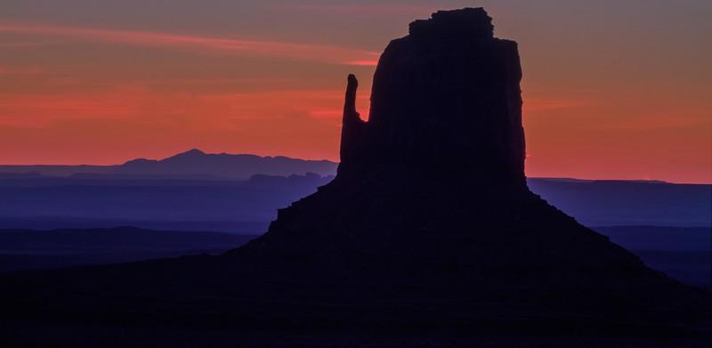 mitten sunset magneta.jpg
