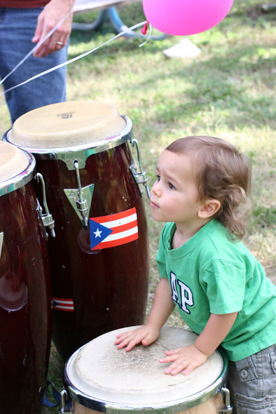 Yup I'm part Puertorican and I can play the bongos!