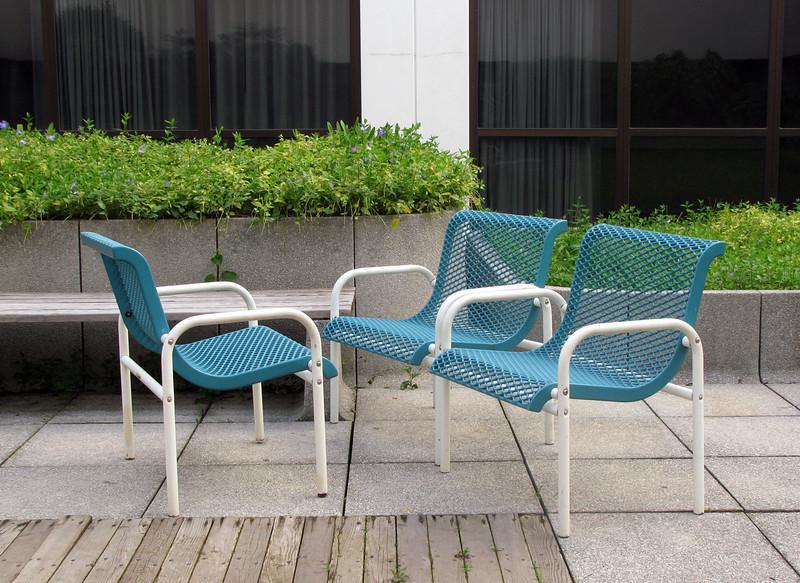 chairs_below.jpg