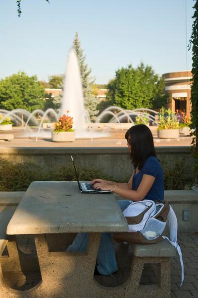 campus_scene_08_28_07_0058.jpg