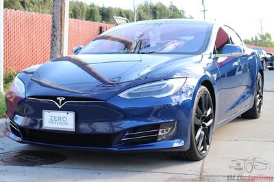 2018 Tesla Model S - Deep Blue Metallic