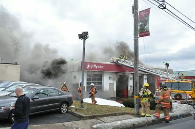 01/06/2014 - Jiffu Lube Fire