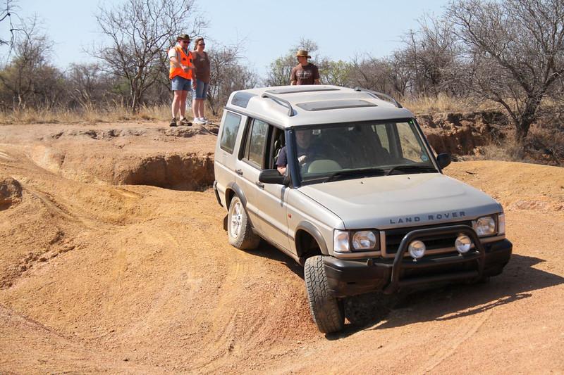 10 12 13_Moegatle SUV_2606.jpg