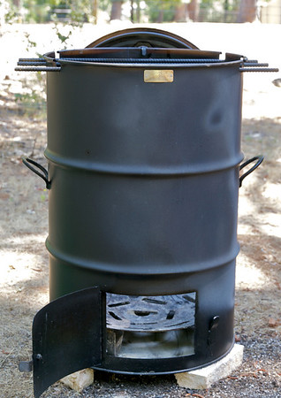 BBQ Barrel Cooker