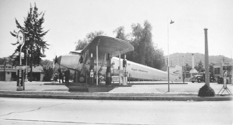 Exterior view of an unidentified airplane-shaped gas station, ca.1925-1939