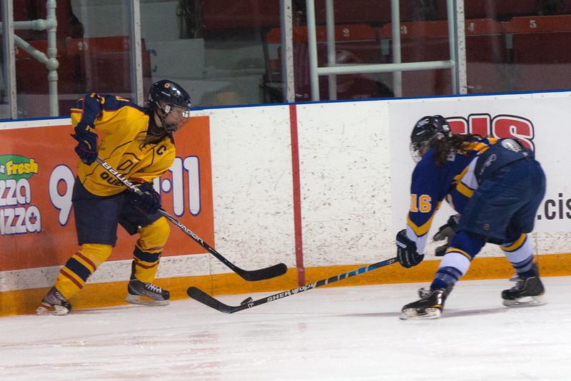 20130310 QWHockeyvsUBC 594.jpg