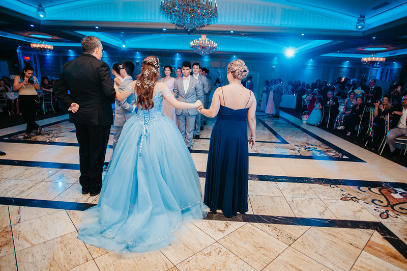 First Dance Images-124.jpg