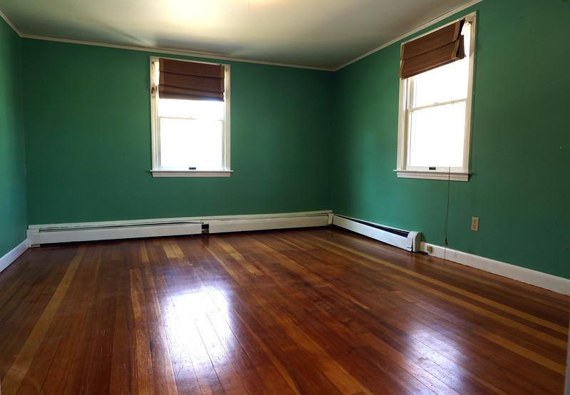 4 Pleasant first floor_1.jpg