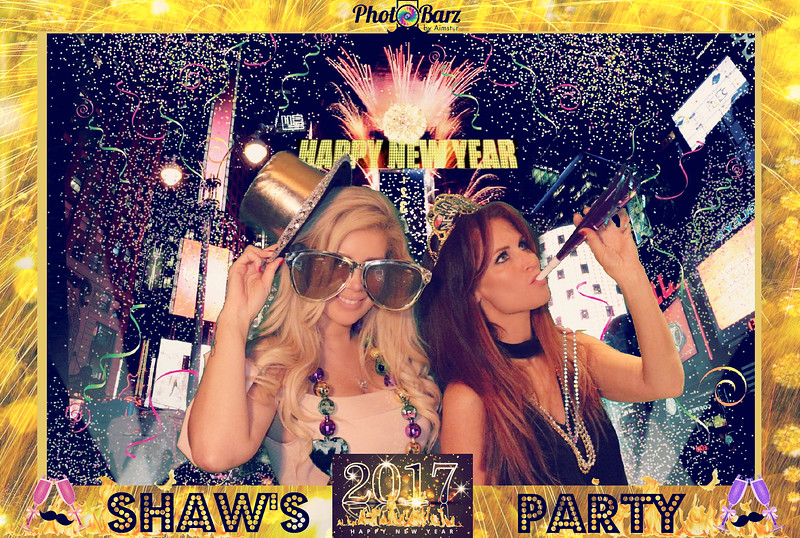 Shaws NYDay Party (47).jpg