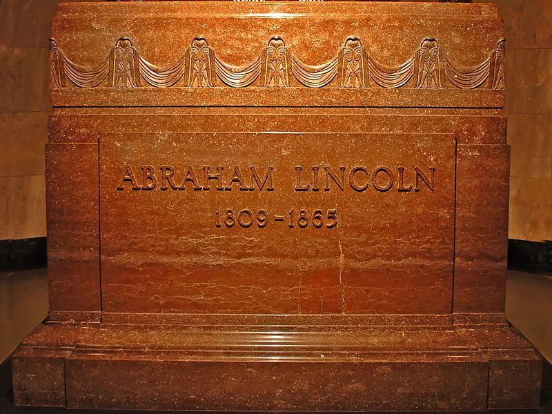 LincolnsTomb1.jpg