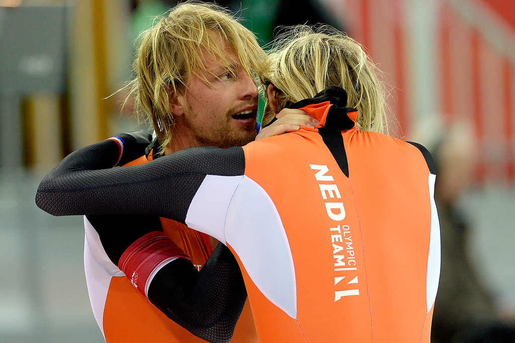 . Michel Mulder of the Netherlands reacts to capturing gold as he hunts his twin brother Ronald who captured bronze during the speed skating men\'s 500-meter at Adler Arena. Sochi 2014 Winter Olympics on Monday, February 10, 2014. (Photo by AAron Ontiveroz/The Denver Post)