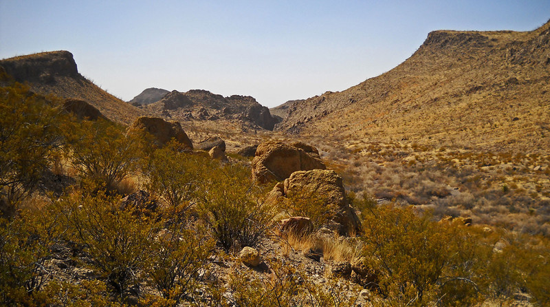 Auras-Canyon-hike-6.jpg
