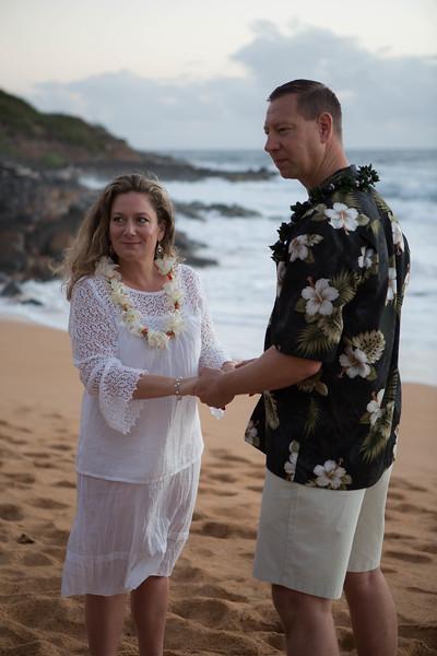 Kauai-sunrise-wedding-10.jpg