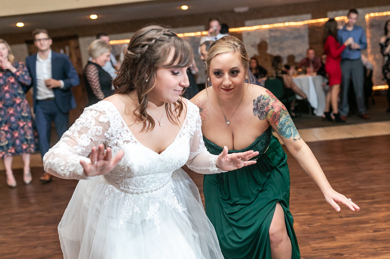 Johnna_Derek_Wedding_La_Casa_Grande_Beloit_Wisconsin_December_15_2018-460.jpg