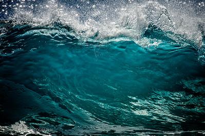 Large Waves no People