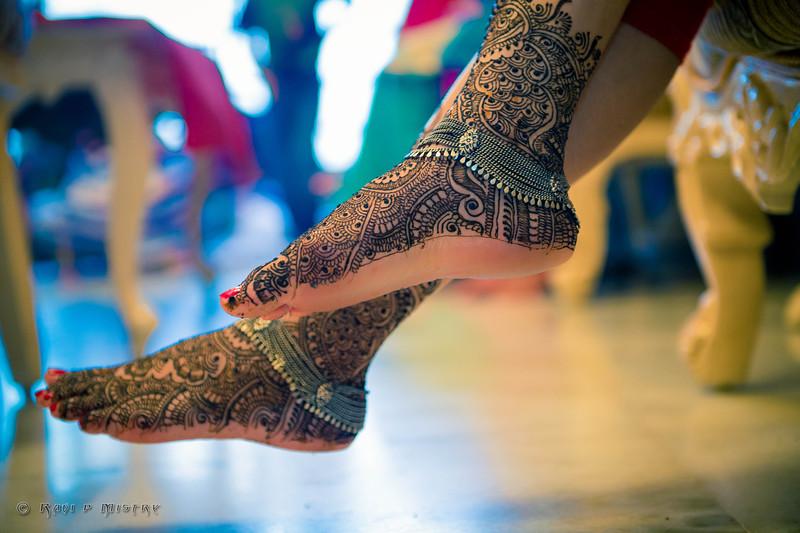 Jay Pooja Mehandi-313.jpg