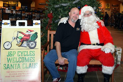174: 2016 Santa Visits J&P Cycles Superstore