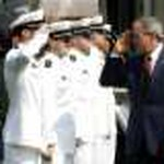 USMMA GW Bush at 2006 Commencement