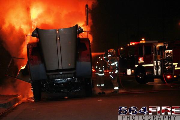 LACoFD - Truck Fire - 1-8-10