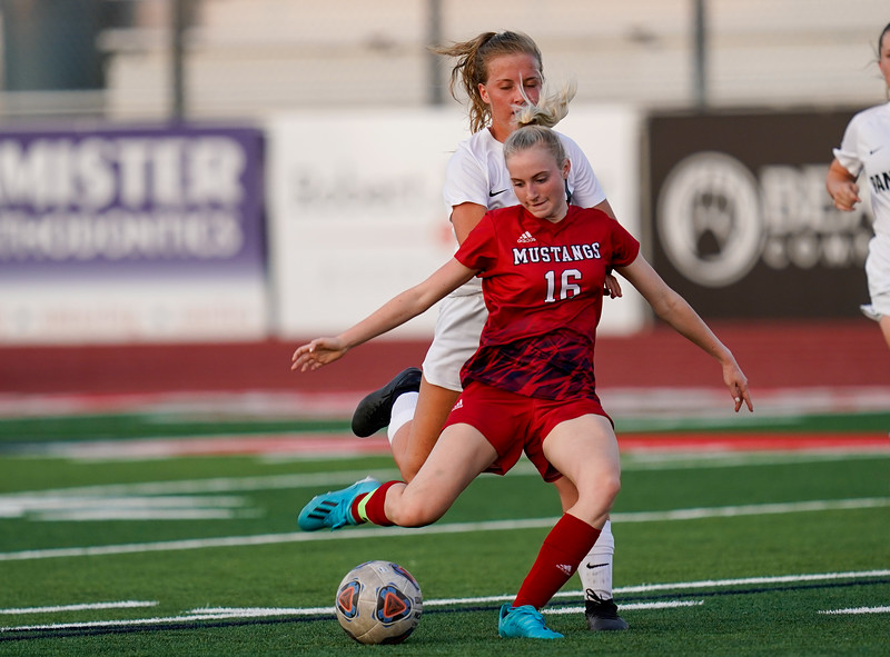 CCHS-vsoccer-pineview1545.jpg