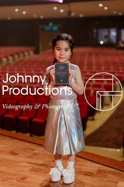 0020_day 1_award_red show 2019_johnnyproductions.jpg