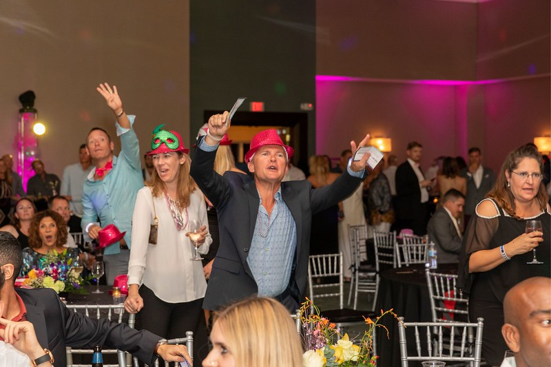 2019_11_Yachtail_Party_00749.jpg