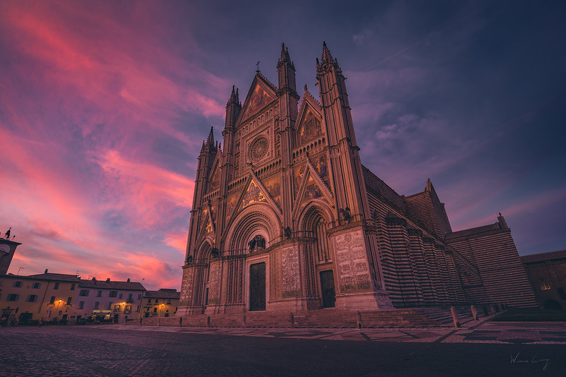 Orvieto-cathedral-1.jpg