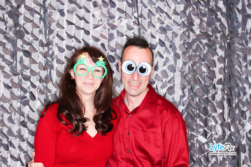 red-hawk-2017-holiday-party-beltsville-maryland-sheraton-photo-booth-0042.jpg