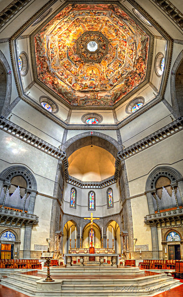Inside Cattedrale di Santa Maria del Fiore