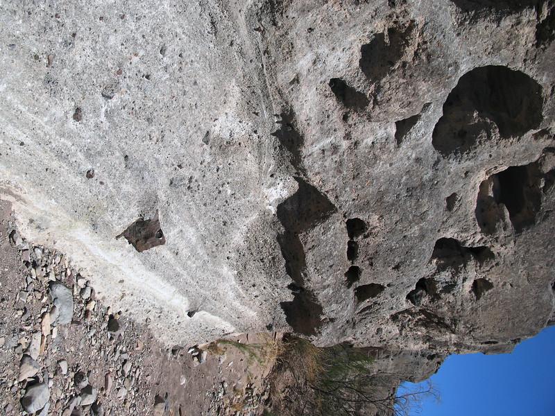 Big Bend tuffacious Cliff tuff Canyon Trail.jpg