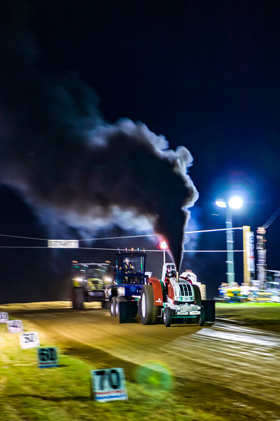 Tractor Pulling 2015-01803.jpg
