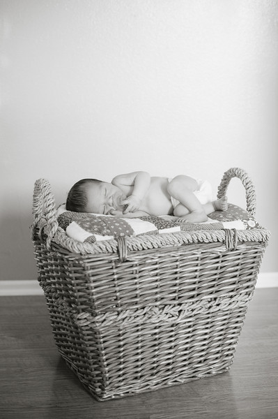 20120925-Levi-newborn-83.jpg