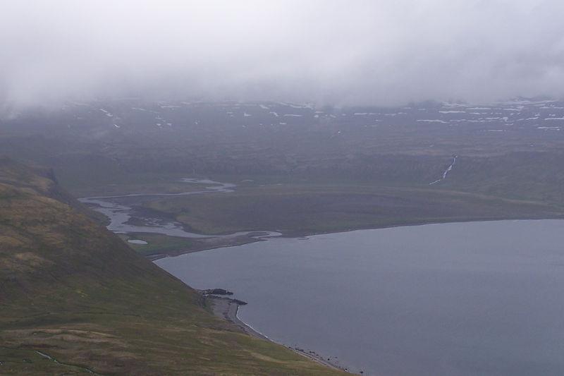 Horft af Múlanum inn í Hornsvík og Ósinn