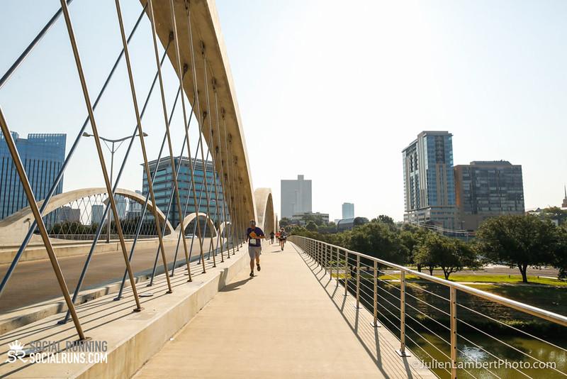 Fort Worth-Social Running_917-0381.jpg