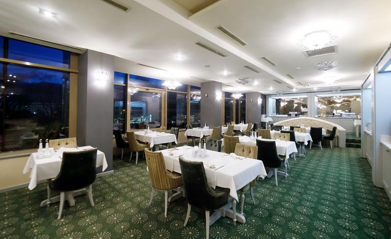 Restaurant_Maya-0004.jpg