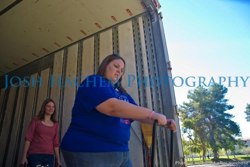 12.29.2008 Unloading the Truck (28).jpg