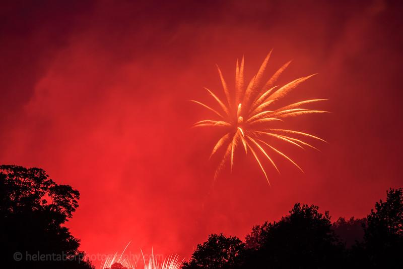 Newby fireworks 2017-72.jpg