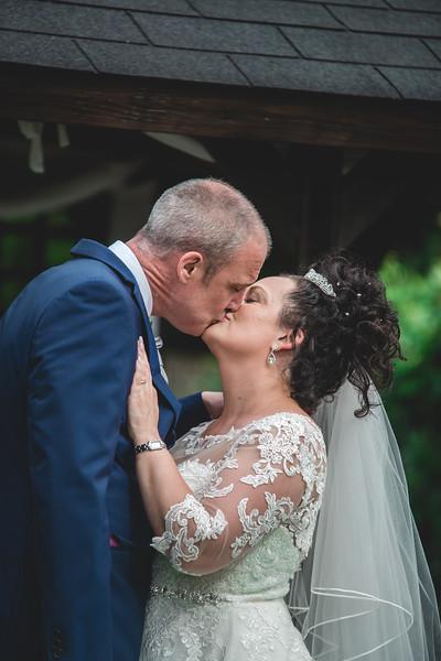 Mr & Mrs Wallington-358.jpg