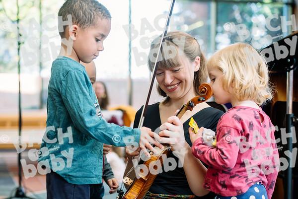 © Bach to Baby 2017_Alejandro Tamagno_Dulwich Villaged_2017-04-03057.jpg