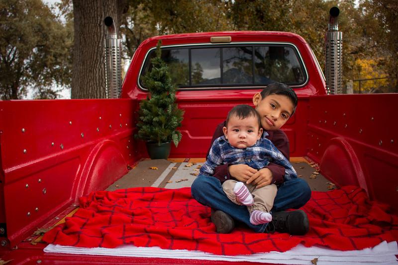 Christmas Camarena-2076.jpg