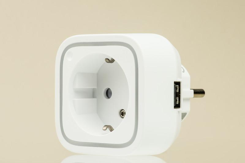 AEOTEC Smart Plug EU-006-Edit.jpg