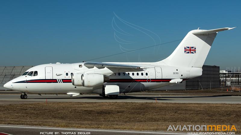 ZE701_RAF-32(TR)Sq_BAe146-CC2_MG_4167.jpg