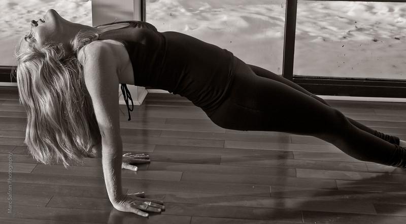 Yoga_(16_of_96).jpg