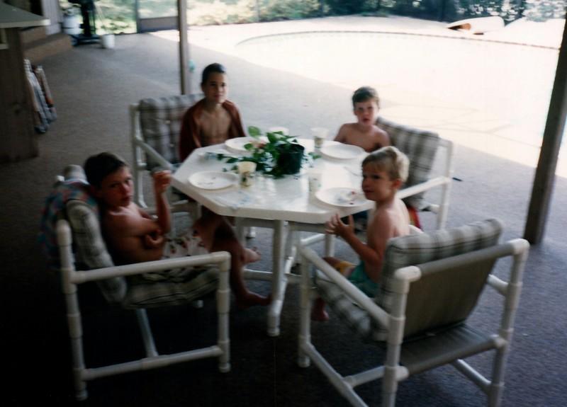 1989_Winter_Kids_in_Orlando__0015_a.jpg