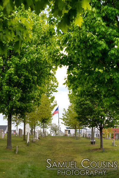The flag in the Eastern Cemetery